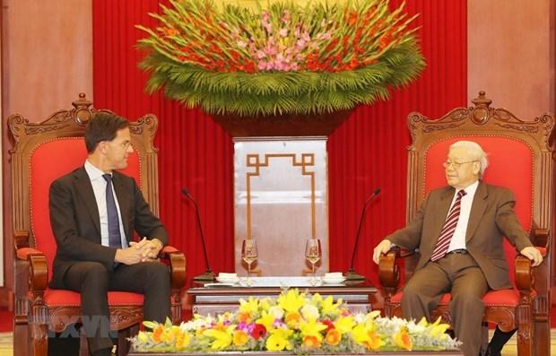 Le SG du PCV et president Nguyen Phu Trong recoit le Premier ministre neerlandais hinh anh 1