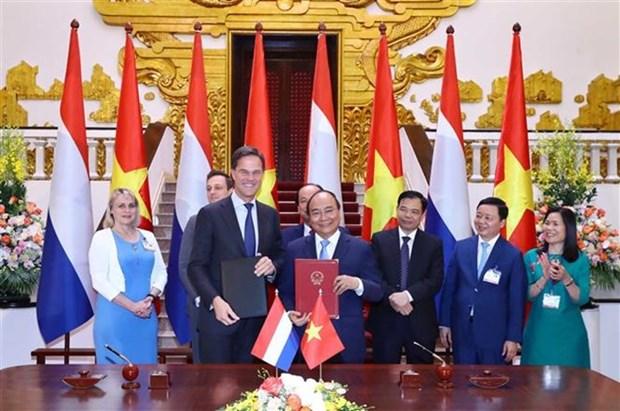 Le Vietnam et les Pays-Bas etablissent un partenariat integral hinh anh 1
