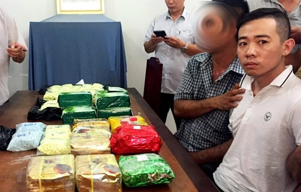 Saisie de 26 kilogrammes de drogue transportes du Cambodge hinh anh 1