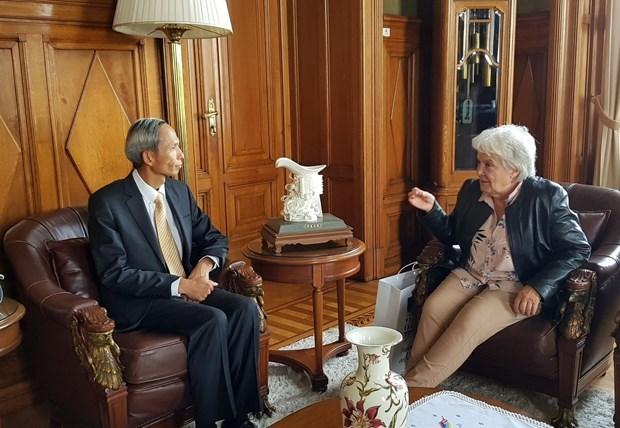 Promotion des relations d'amitie et de cooperation Vietnam-Uruguay hinh anh 1
