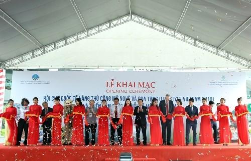 Les Foires OCOP et Lifestyle Vietnam 2019 s'ouvrent a Ho Chi Minh-Ville hinh anh 1