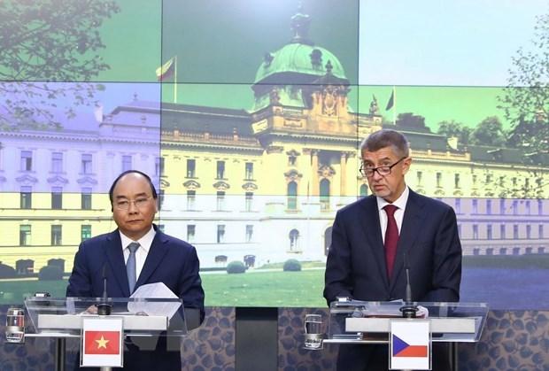 Vietnam et R. tcheque promeuvent leur cooperation multiforme hinh anh 1