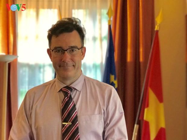 La France et le Vietnam conscients du role pionnier de la cooperation decentralisee hinh anh 1