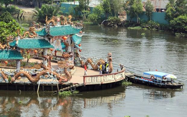 Mieu Noi, le temple tricentenaire au milieu de la riviere de Sai Gon hinh anh 1