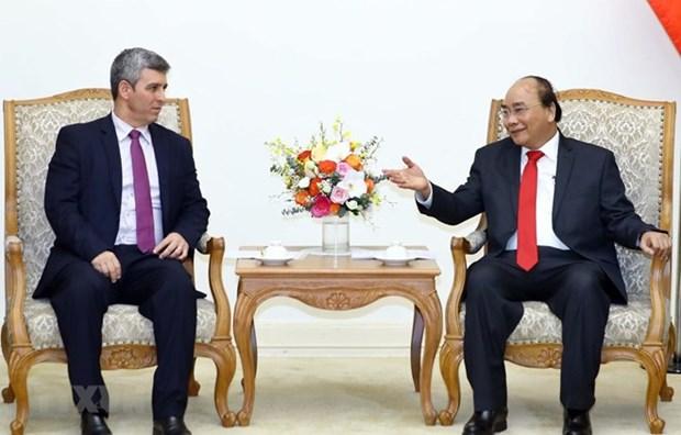 Le PM Nguyen Xuan Phuc recoit le ministre cubain de la Communication hinh anh 1