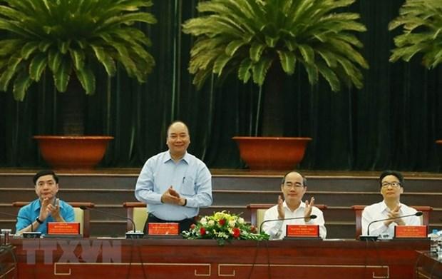 Le PM Nguyen Xuan Phuc parle du role des travailleurs hautement qualifies hinh anh 1