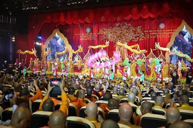 La Journee du Vesak 2019 s'acheve par la Declaration de Ha Nam hinh anh 4