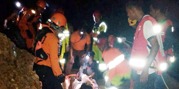 Indonesie : au moins 5 personnes tuees et 15 enfouies dans l'effondrement d'une mine hinh anh 1