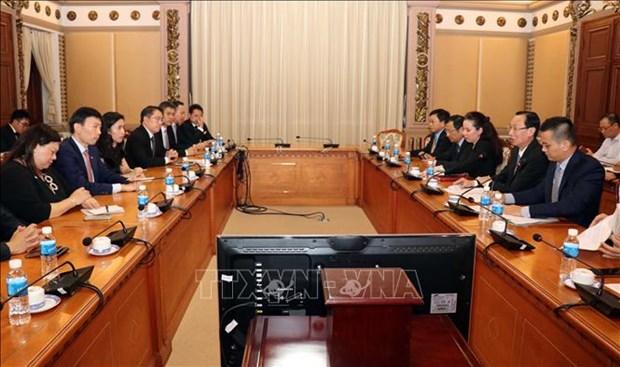 HCM-Ville et Singapour promeuvent leur cooperation dans les technologies hinh anh 1