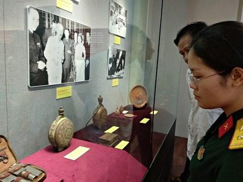 Ho Chi Minh, portrait d'un grand homme hinh anh 1