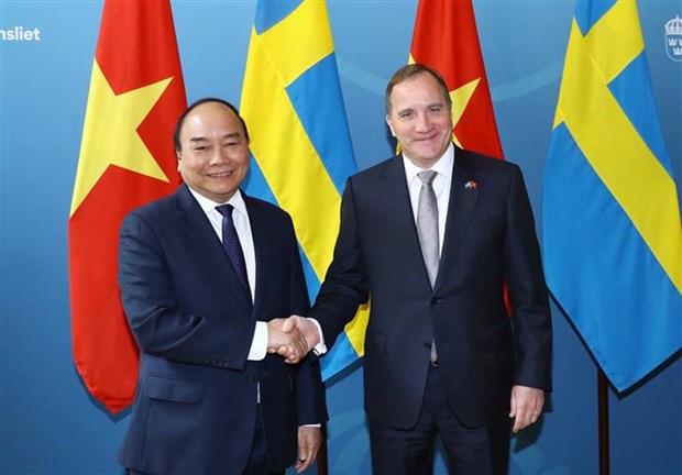 Entretien entre les Premiers ministres vietnamien et suedois hinh anh 1