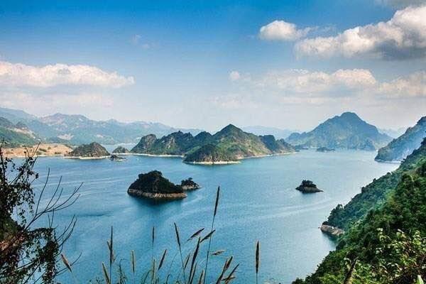 Lancement d'un concours de photos sur la beaute du lac de Hoa Binh hinh anh 1