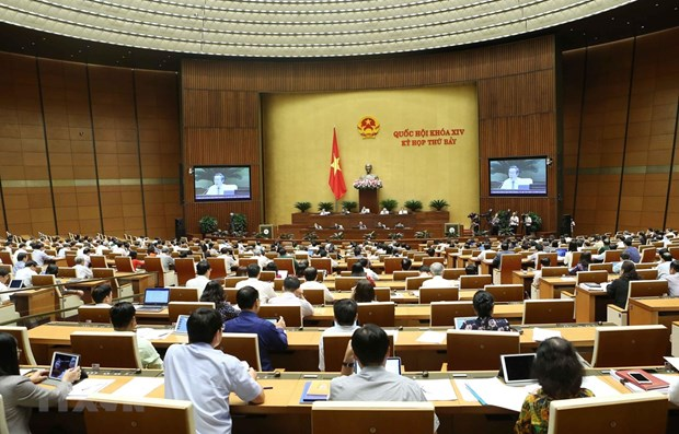 AN : debat sur le developpement socioeconomique et des projets de loi hinh anh 1