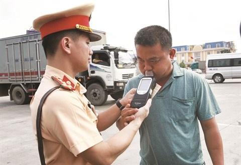Le Vietnam s'attaque a l'alcool au volant pour reduire le nombre des accidents hinh anh 1