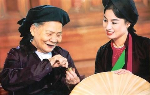 Bac Ninh : Toute la vie s'attache aux chants populaires quan ho hinh anh 2