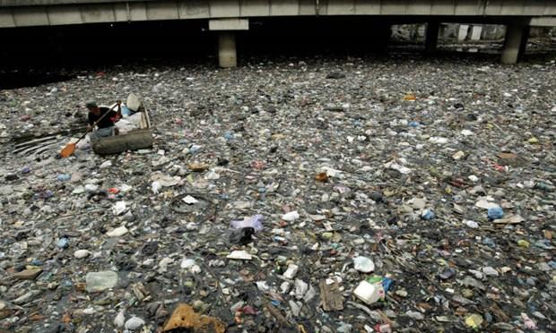 L'Indonesie renvoie cinq conteneurs de dechets aux Etats-Unis hinh anh 1