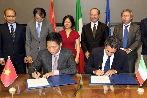 Le Vietnam et l'Italie boostent leurs liens economiques et commerciaux hinh anh 1
