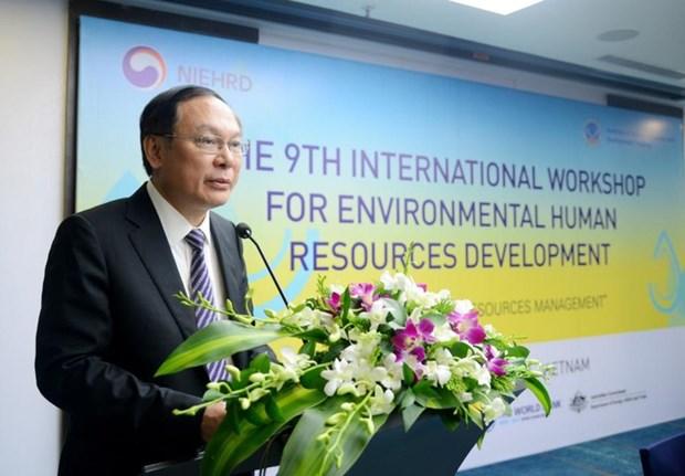 Environnement : colloque sur le developpement des ressources humaines hinh anh 1