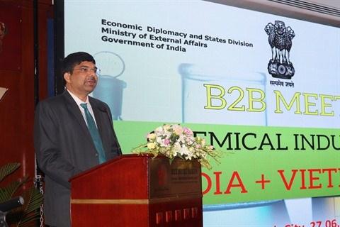 Industrie chimique: 22 entreprises indiennes explorent le Vietnam hinh anh 2