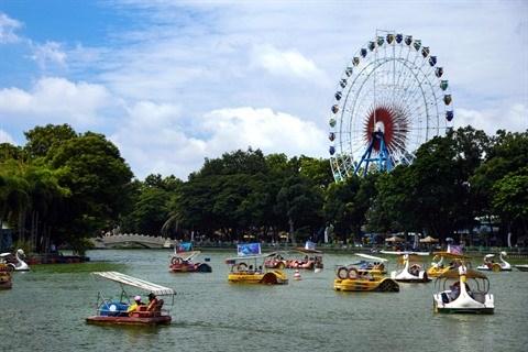 Ho Chi Minh-Ville : Une palette d'activites de divertissement au parc Dam Sen hinh anh 2