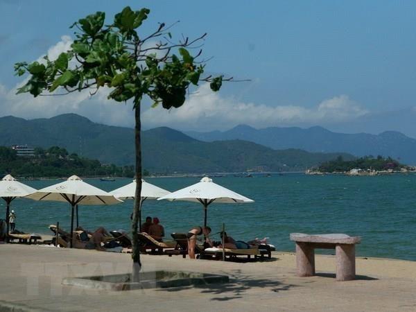 Forbes dresse une liste des plus belles destinations balneaires du Vietnam hinh anh 1