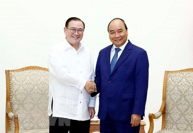 Le PM vietnamien recoit le ministre philippin des Affaires etrangeres hinh anh 1