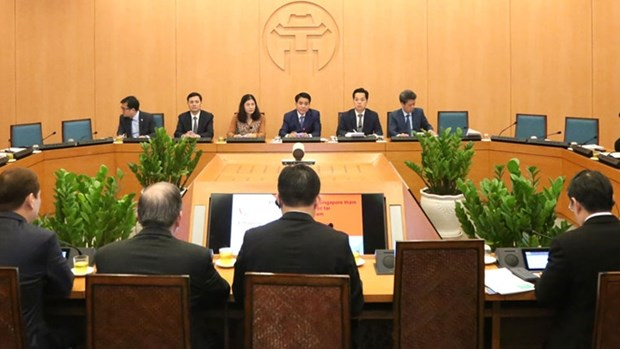 Des entreprises singapouriennes sondent les possibilites de cooperation avec Hanoi hinh anh 1