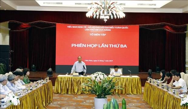 Le chef du gouvernement souligne l'elaboration des orientations decennales hinh anh 1