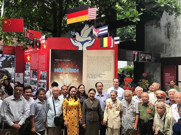 Un «Carnet de paix» au sein de la prison Hoa Lo hinh anh 1