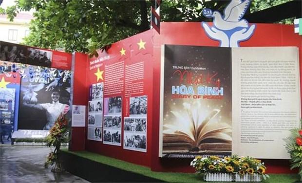 Un «Carnet de paix» au sein de la prison Hoa Lo hinh anh 2