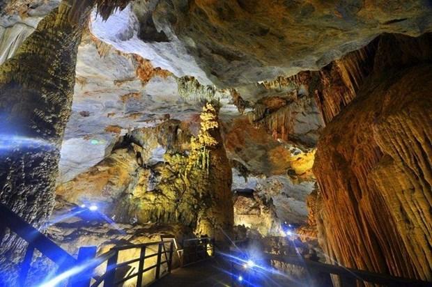 CNN: Les sept plus belles grottes a visiter au Vietnam hinh anh 5