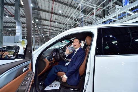 Vinfast lance ses toutes premieres voitures sur le marche hinh anh 1