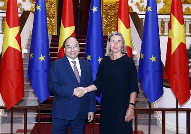 Le Premier ministre recoit la vice-presidente de la Commission europeenne hinh anh 1