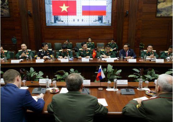 La Russie et le Vietnam renforcent leur cooperation en matiere de defense hinh anh 2