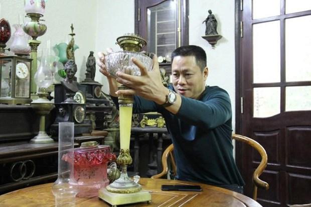 A la rencontre des collectionneurs de lampes a huile hinh anh 2