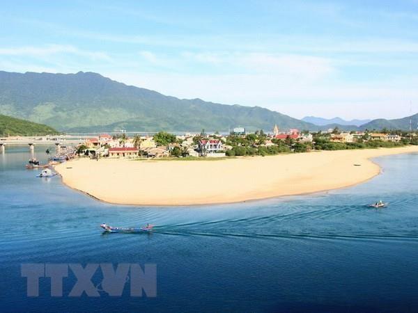 Un investisseur sud-coreen souhaite investir dans une centrale hydroelectrique a Chan May - Lang Co hinh anh 1