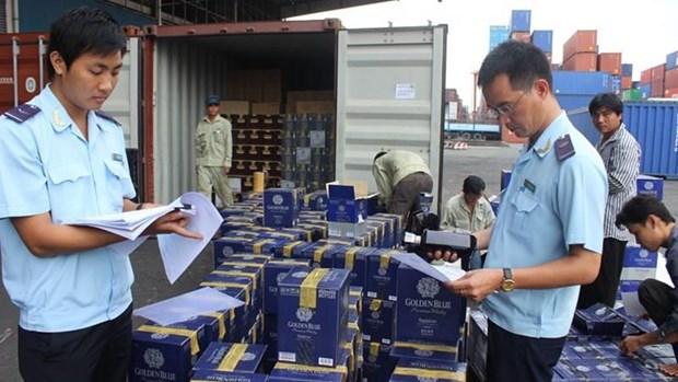 Vietnam : Les douanes renforcent la lutte contre les fraudes hinh anh 1