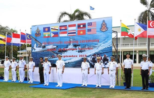 Le Vietnam participe aux manœuvres navales ASEAN-Etats-Unis en Thailande hinh anh 1