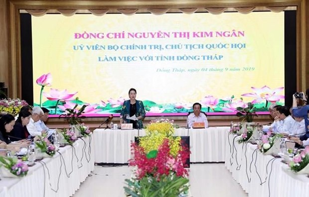 La presidente de l'AN salue le developpement agricole et rural de Dong Thap hinh anh 1