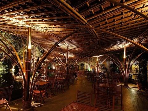 Le bambou et l'energie solaire en faveur d'un tourisme durable hinh anh 1
