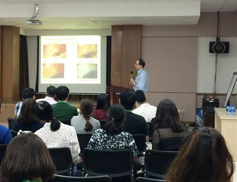 Un seminaire sur le glaucome a Hanoi hinh anh 1