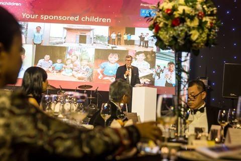 Diner de gala au profit des enfants defavorises a Ho Chi Minh-Ville hinh anh 1