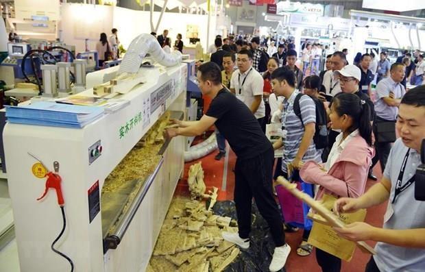 L'industrie du bois s'expose dans la megapole du Sud hinh anh 1