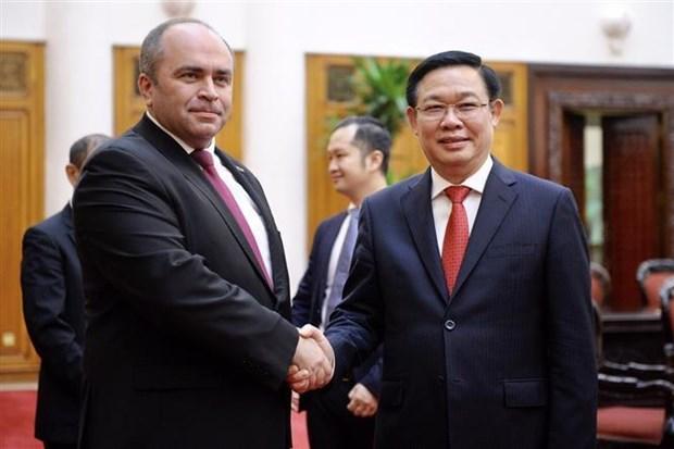 Le vice-PM Vuong Dinh Hue s'entretient avec son homologue bielorusse hinh anh 1