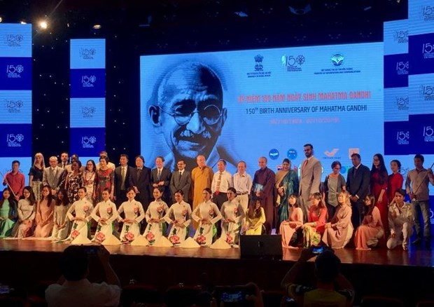 Le 150e anniversaire de Mahatma Gandhi celebre a Hanoi hinh anh 1