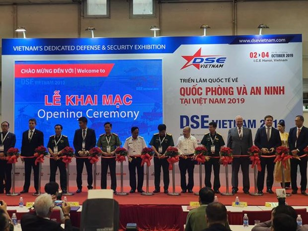 Les dernieres technologies de defense et de securite s'exposent a Hanoi hinh anh 1
