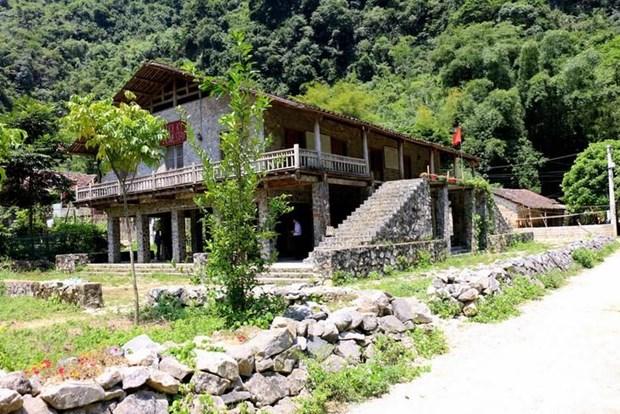 Khuoi Ky, le village des maisons sur pilotis en pierre hinh anh 1