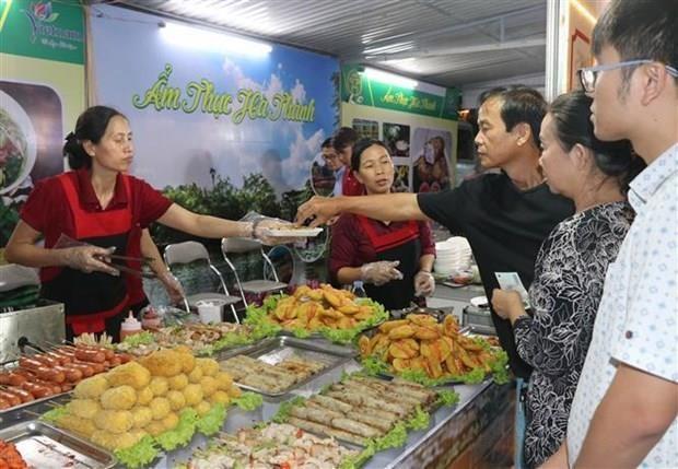 Le Festival national de l'alimentation 2019 s'ouvre a Nha Trang hinh anh 1