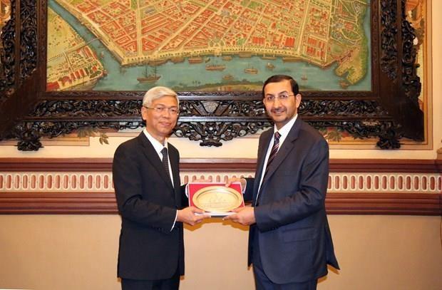 Ho Chi Minh-Ville plaide pour des liens economiques plus etroits avec les EAU hinh anh 1