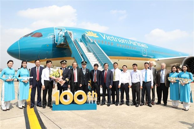 Vietnam Airlines prend livraison de son 100e appareil hinh anh 1
